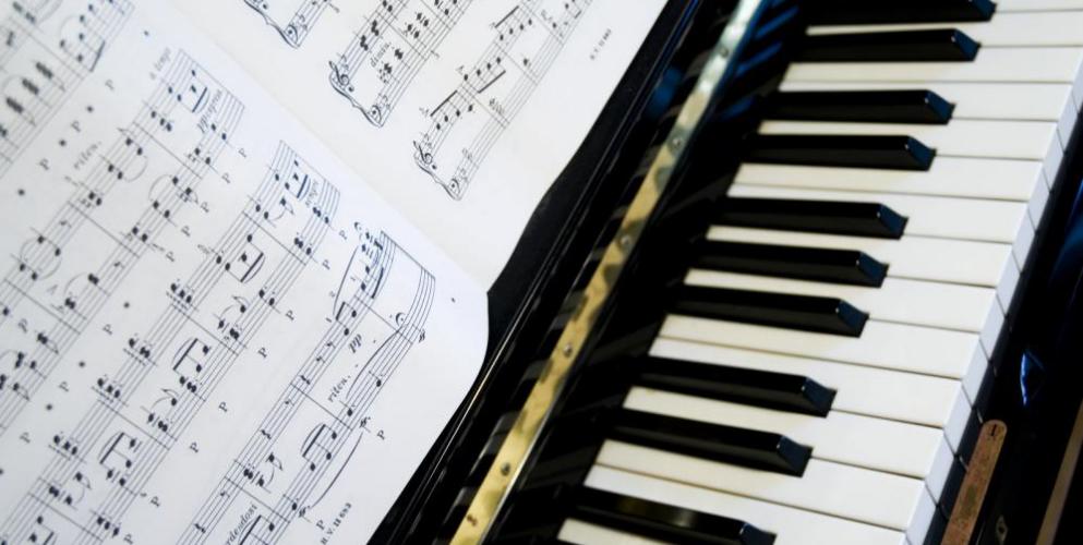 5 Basic Piano Songs