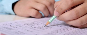 student practicing MCQs for NCLEX-RN exam